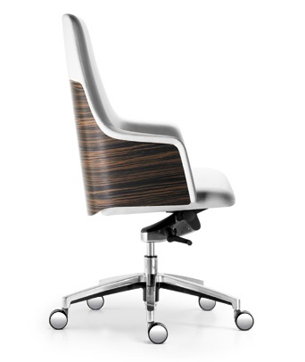 Office_chairs_3.jpg